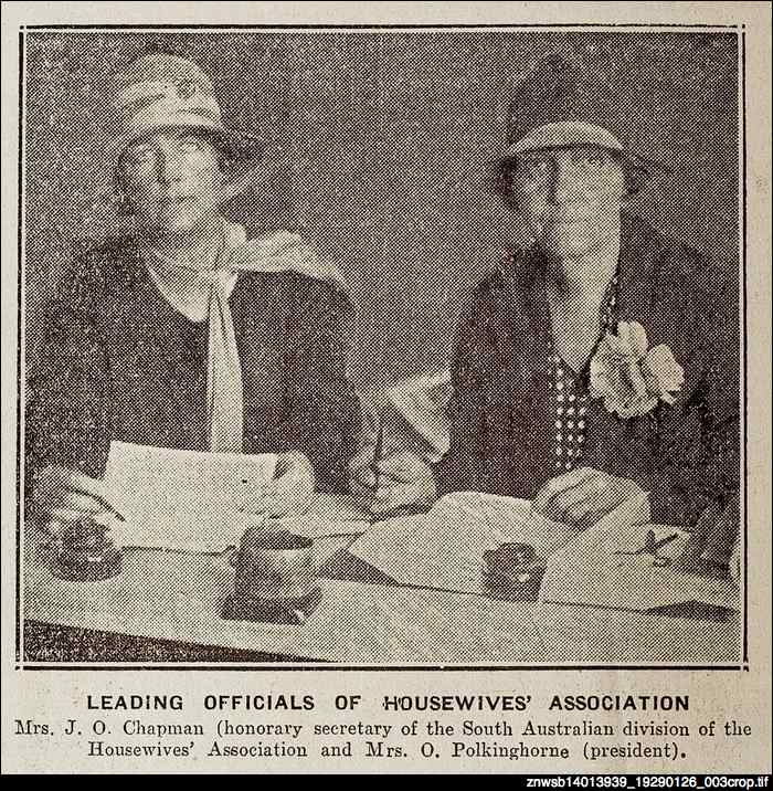 Leading officials of Housewives' Association