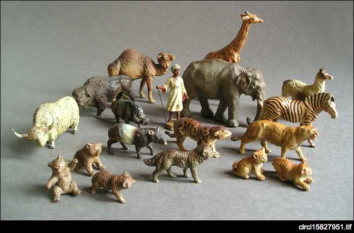 Plaster and wire animal set