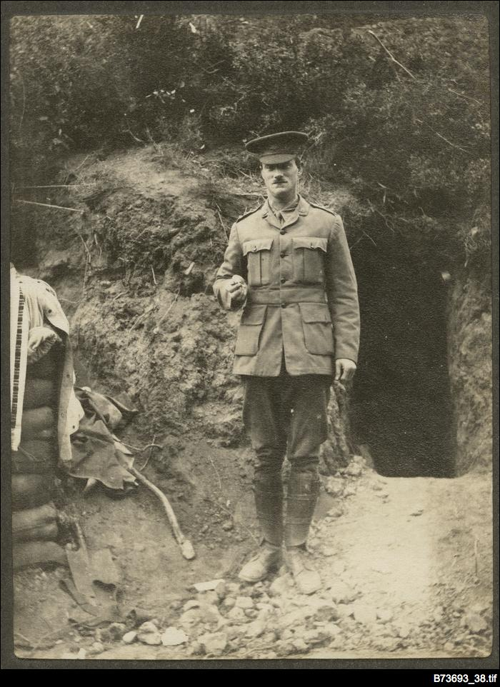 An officer at Gallipoli